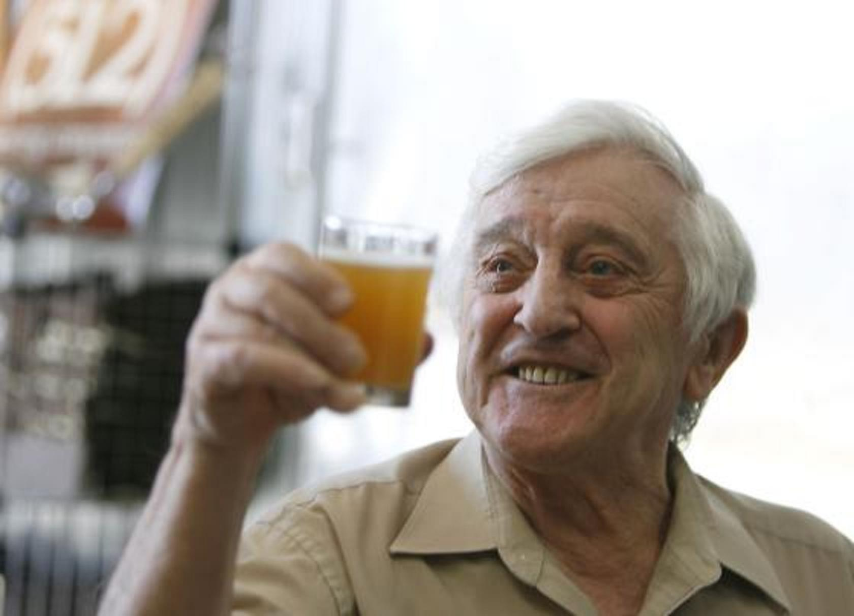 "AMERICAN-STATESMAN: Rodolfo Gonzalez - 10/02/08- World famous Belgium brewer, Pierre Celis smiles and gives a toast as he samples ""Wit"" brewed by Austin's 512 Brewery in honor of Celis' famous Celis White during a visit to 512 Brewing in Austin, Texas on Thursday, October 02, 2008."
