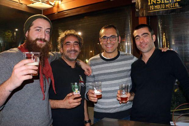 Paolo e Daniele di Insieme Birra con il presidente di Udb Mauro Pellegrini e Michele del birrificio Babylon